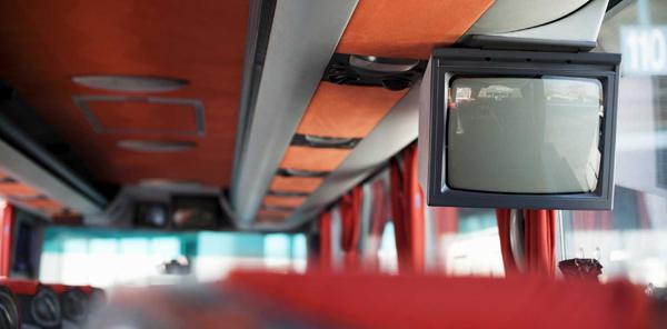 Televisión en directo en el autobús